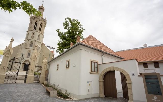 A Szent Mihály látogatóközpont átadása