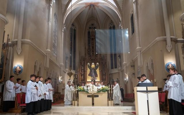 Isten művét szolgálni angyali élet – Szent Mihály ünnepe Sopronban
