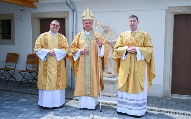 Pap- és diakónusszentelés a Szent Mihály teplomban